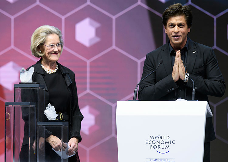 Shah Rukh Khan at the World Economic Forum 2018 award ceremony