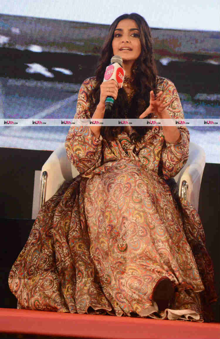 Sonam Kapoor promoting PadMan at Innovator's conclave