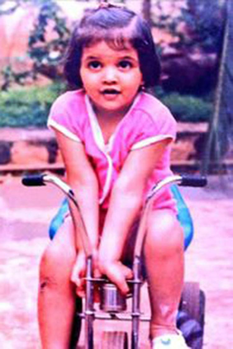 Deepika Padukone looks like a doll in this throwback photograph