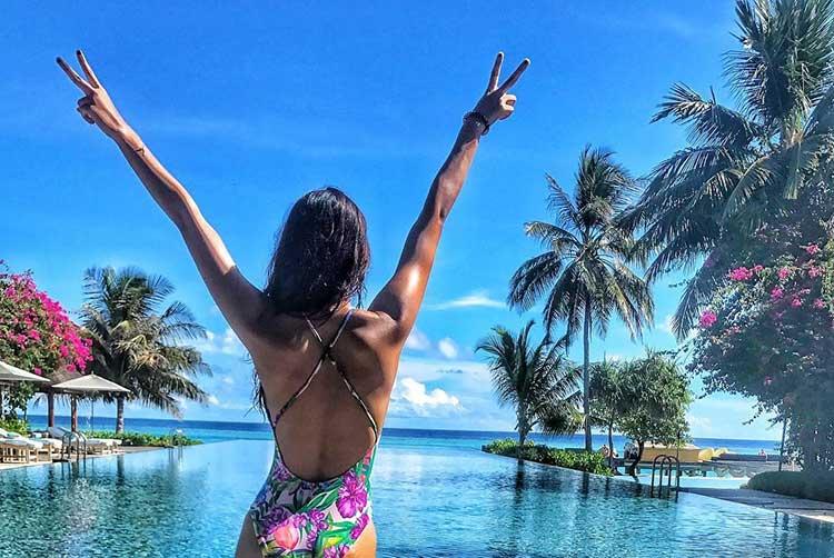 Bikini bombshell Disha Patani is uber hot here