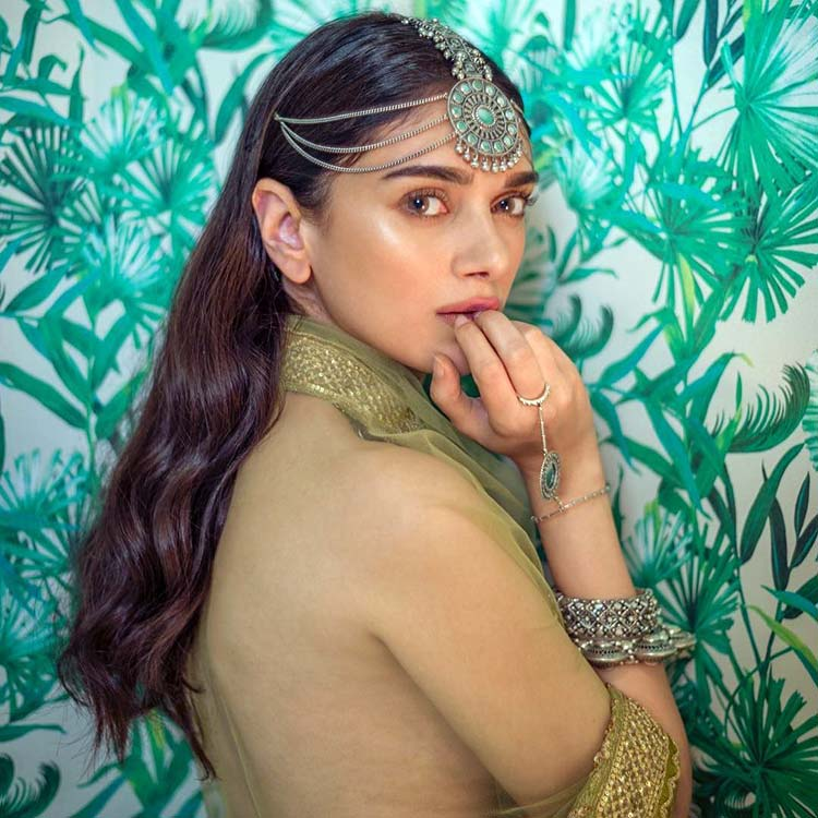 Aditi Rao Hydari is breathtaking in this royal frame