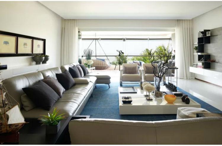 Hrithik Roshan's house has a grand living room