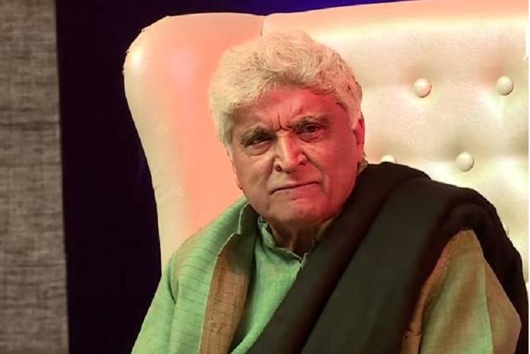 Javed Akhtar Shimmying To 'Shola Jo Bhadke' Is All The Happiness You Need Today