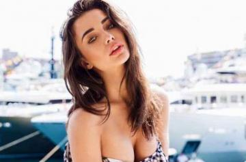 Amy Jackson Swimwear and Bikini pics