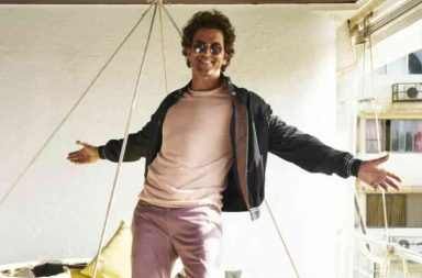 Sneak peek into Hrithik Roshan's swanky apartment