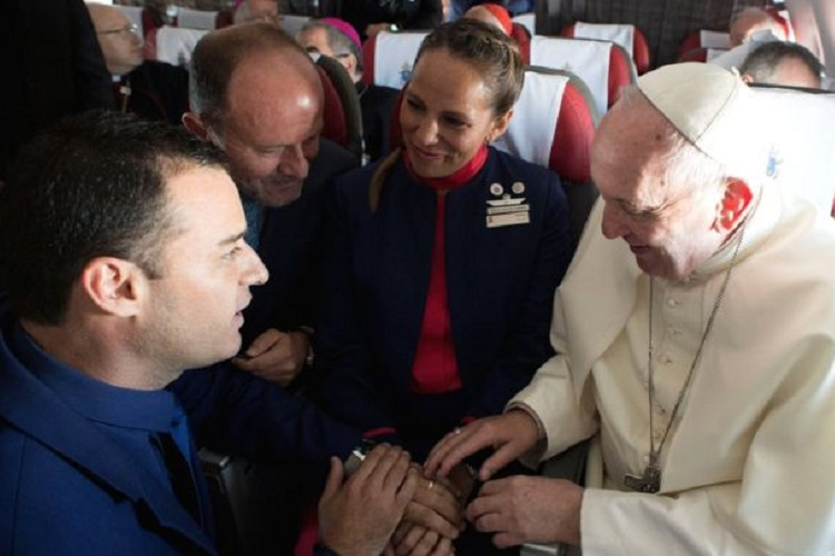 Video: Pope Francis solemnises the first ever 'marriage on plane'