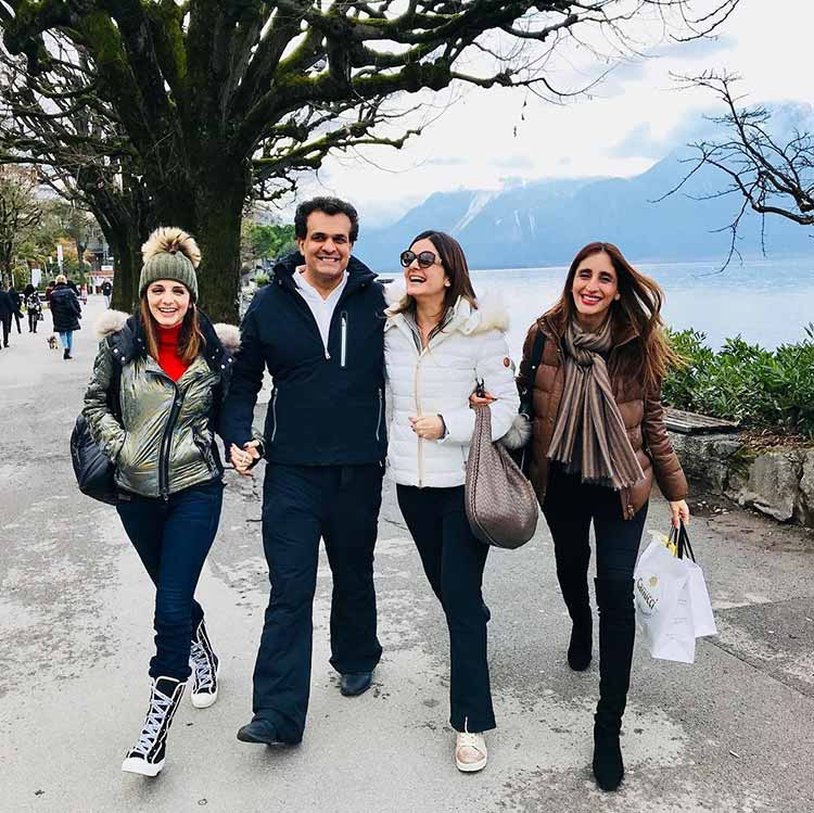 Sussanne Khan vacationing with her sisters