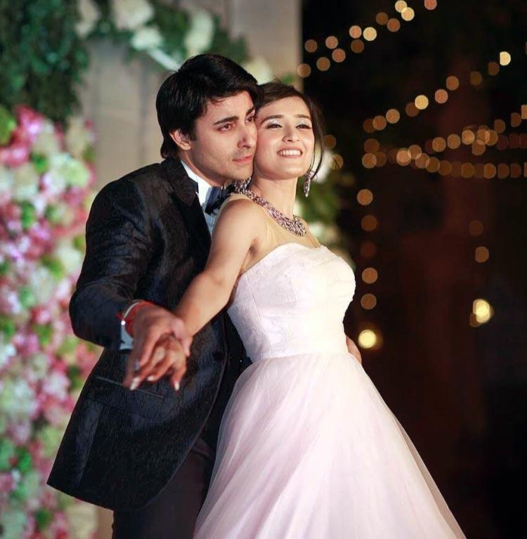 Gautam Rode and Pankhuri Awasthy performing at their wedding function