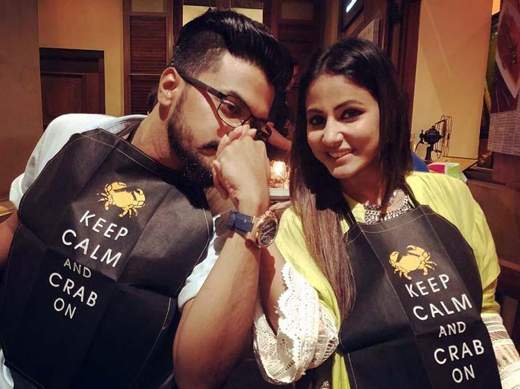Hina Khan and Rocky Jaiswal chilling in Sri Lanka