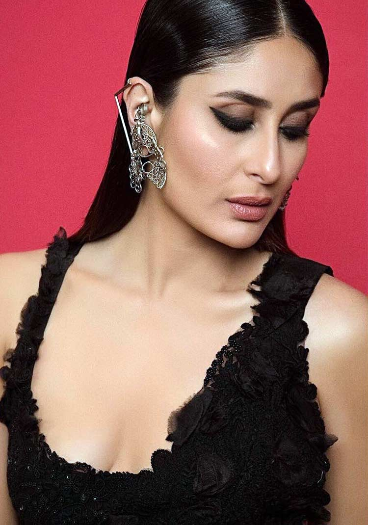Kareena Kapoor looks dreamy in this pic from Lakme Fashion Week 2018 finale