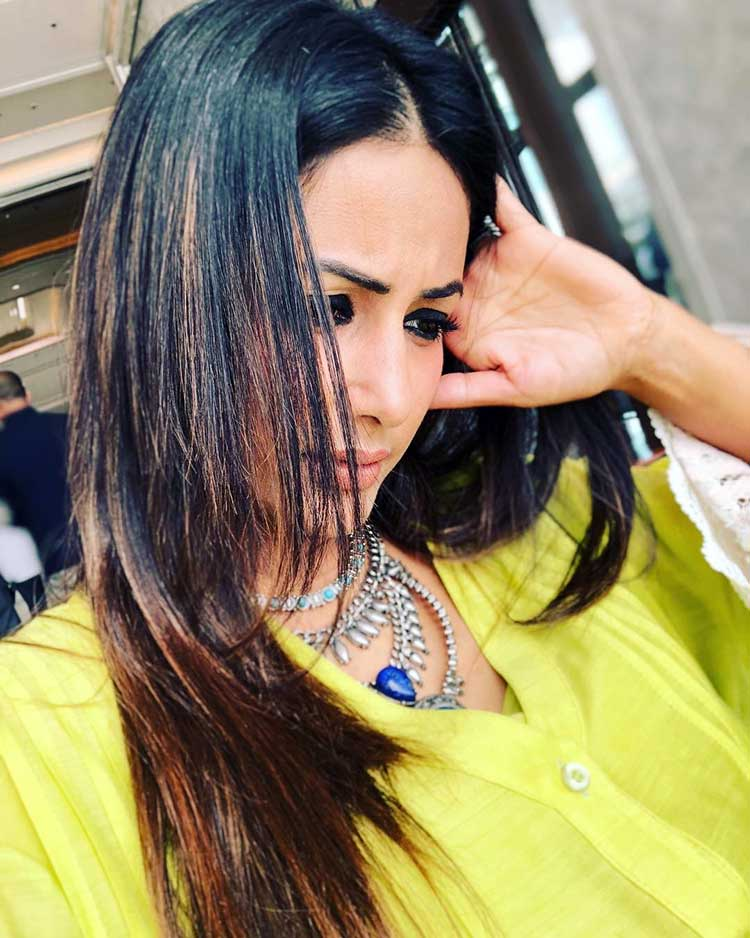 Hina Khan's candid pic from her Sri Lanka vacation