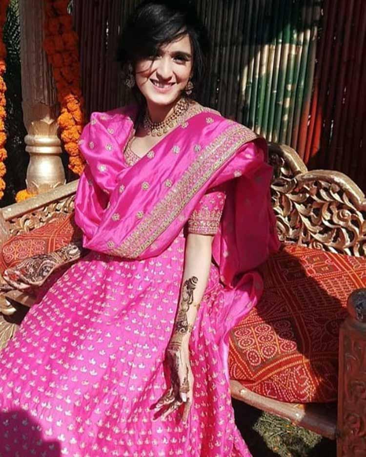 Pankhuri Awasthy at her mehendi ceremony