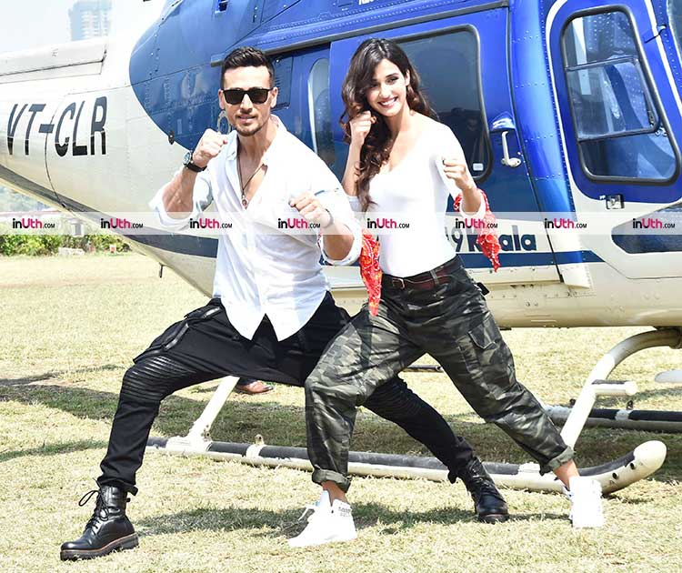 Tiger Shroff and Disha Patani striking a pose at the Baaghi 2 trailer launch event