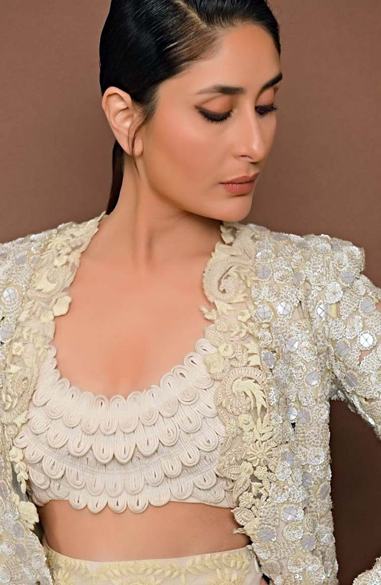 Kareena Kapoor's look for Lakme Fashion Week 2018 post-show press conference