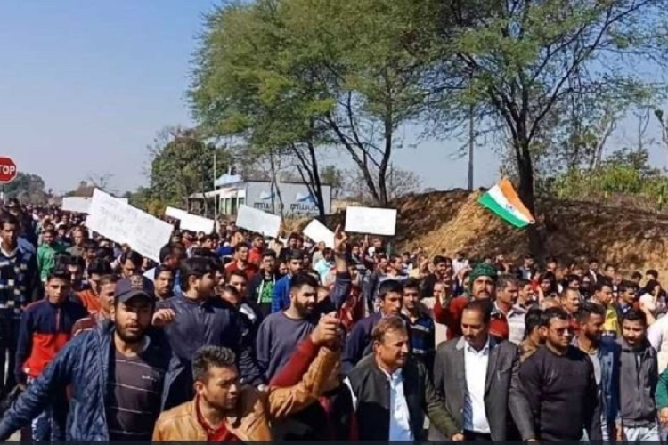 Guess who backed a rally supporting a rape-accused in Jammu? BJP and Congress leaders