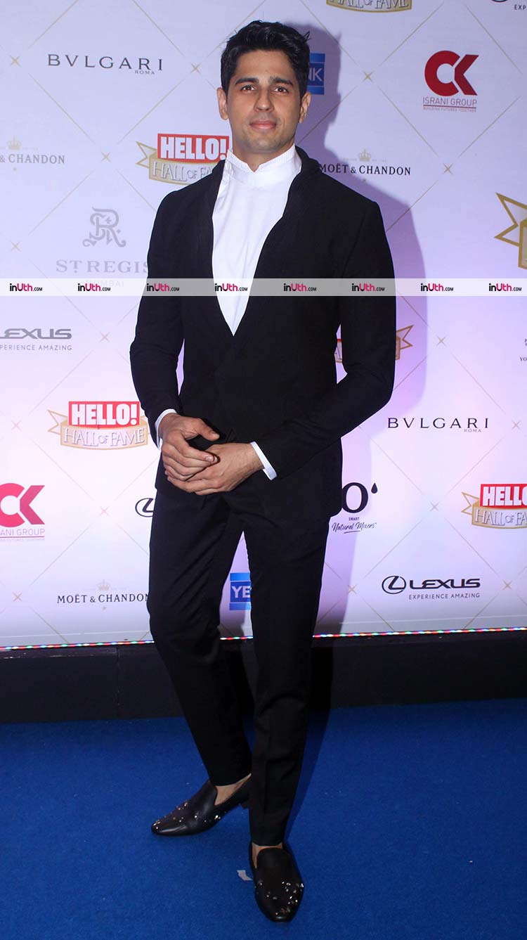 Sidharth Malhotra on Hello Hall of Fame Awards 2018 red carpet