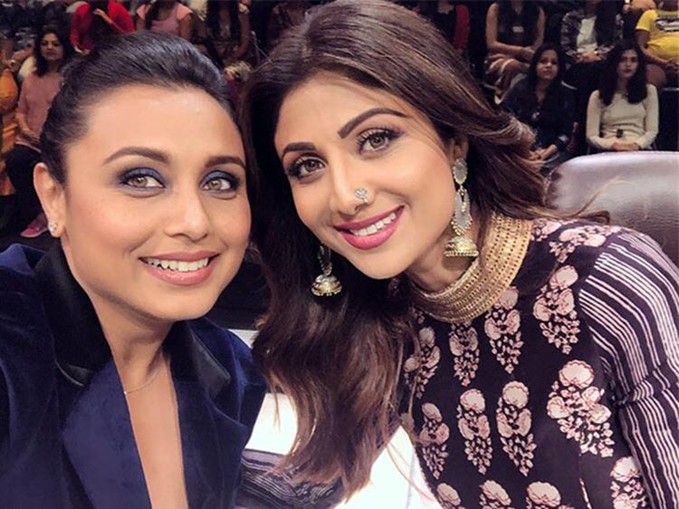Rani Mukerji's selfie with Shilpa Shetty during Hichki promotions