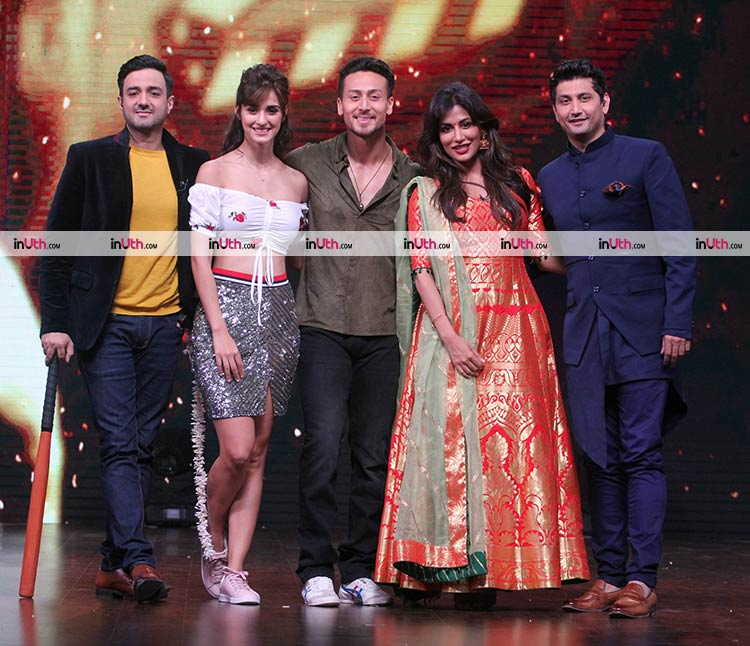 Tiger Shroff and Disha Patani on DID Little Masters 4 for Baaghi 2 promotions