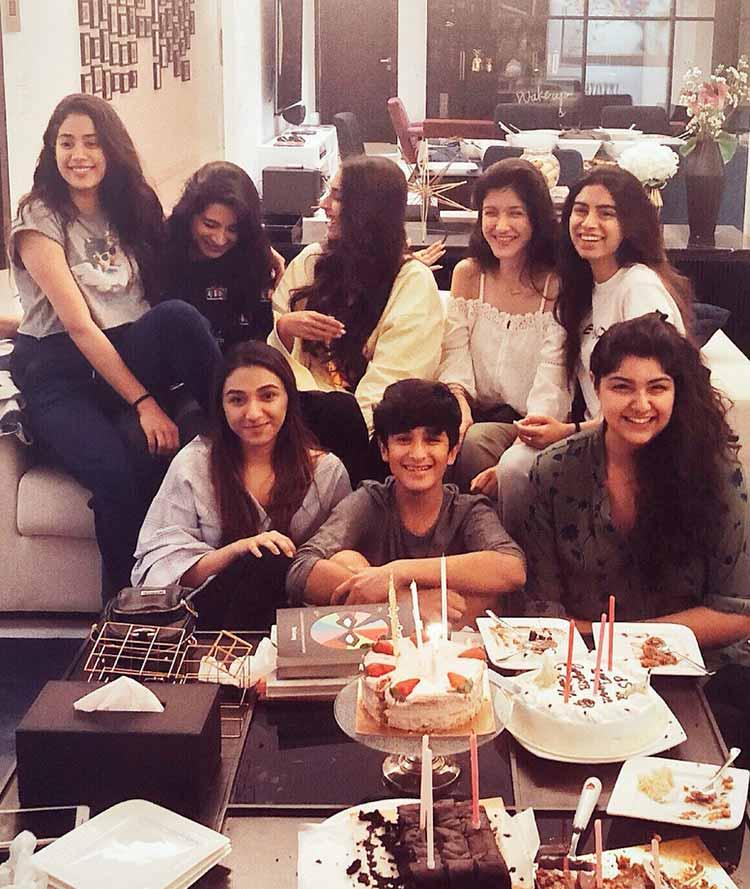 Anshula Kapoor joins Jahnvi Kapoor for her 21st birthday celebrations