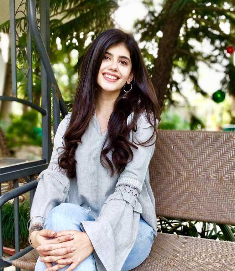 Sanjana Sanghi is a graduate from LSR college of Delhi University