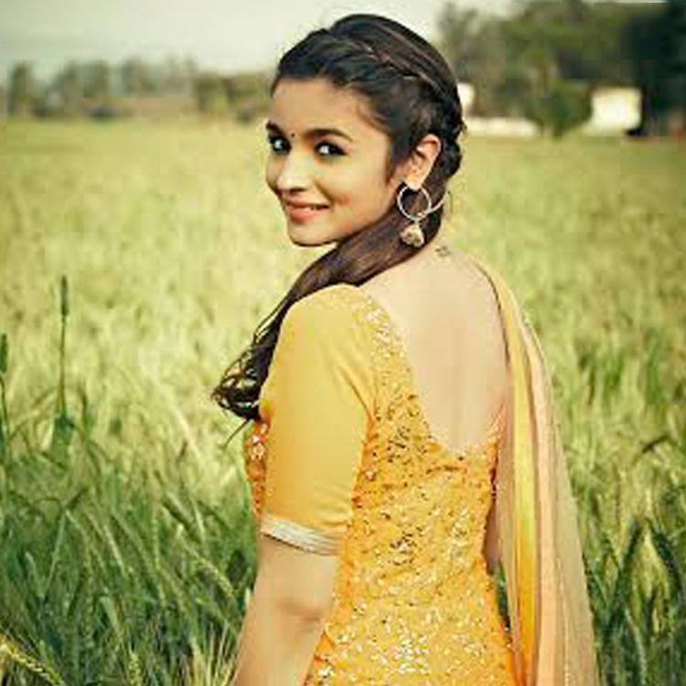 Alia Bhatt as a flamboyant Ambala girl in Humpty Sharma Ki Dulhania