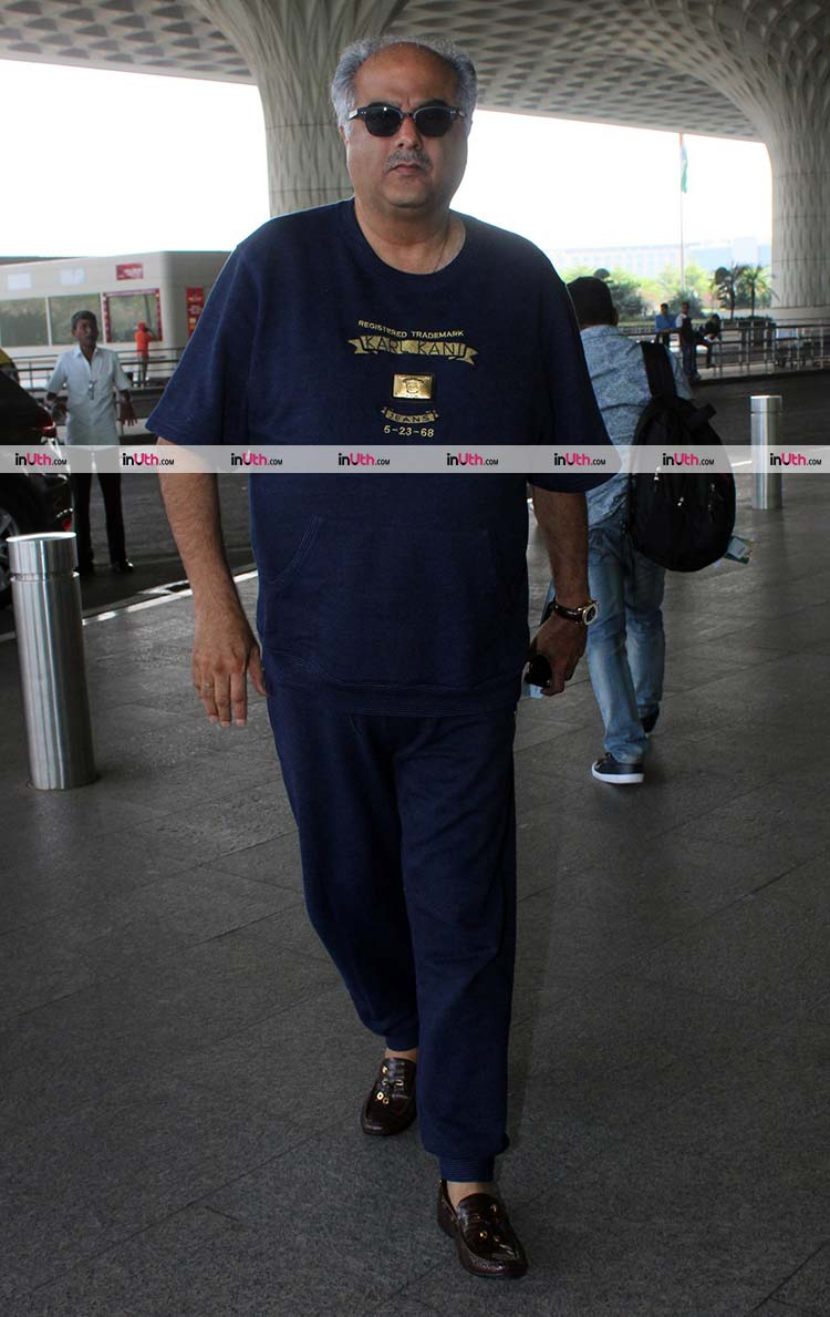 Boney Kapoor at Mumbai airport while leaving for Sridevi's prayer meet