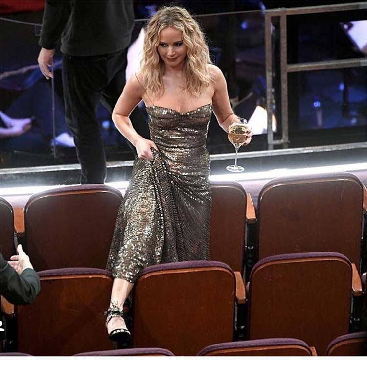 Jennifer Lawrence slaying the Oscar Awards 2018
