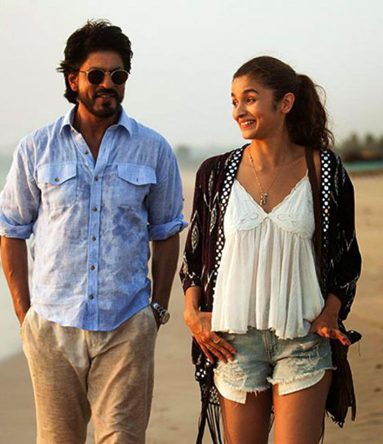 Alia Bhatt's struggling young girl in a big city role in Dear Zindagi