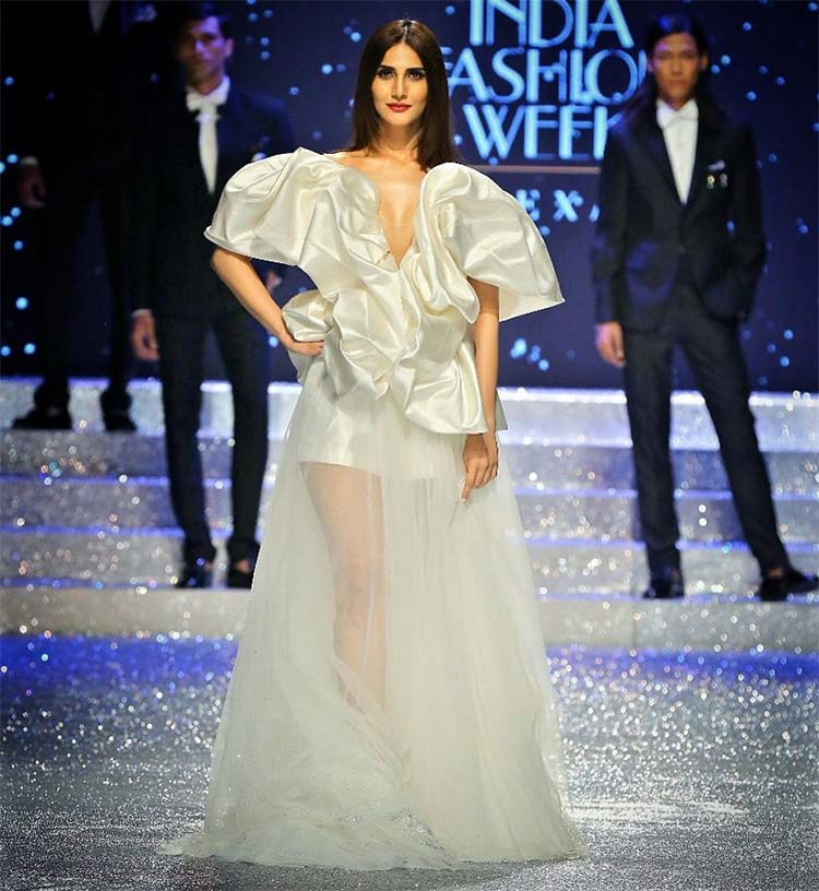 Vaani Kapoor on Amazon India Fashion Week 2018 ramp