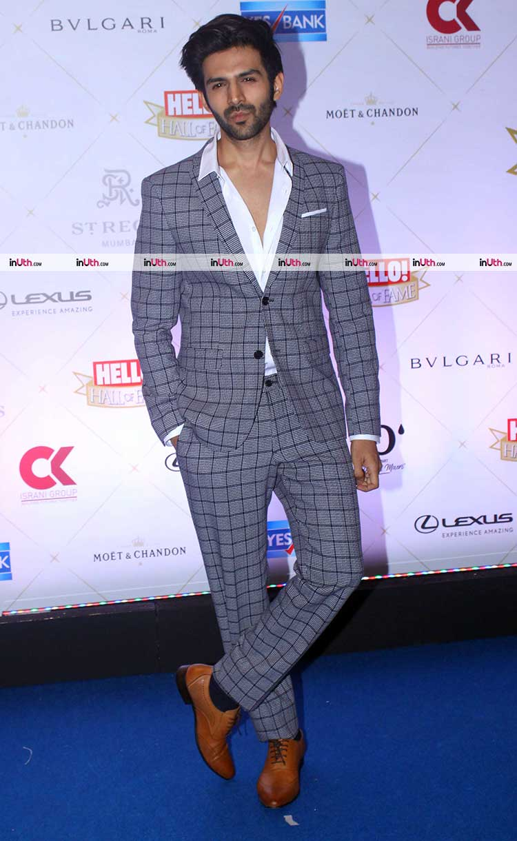 Kartik Aaryan on Hello Hall of Fame Awards 2018 red carpet