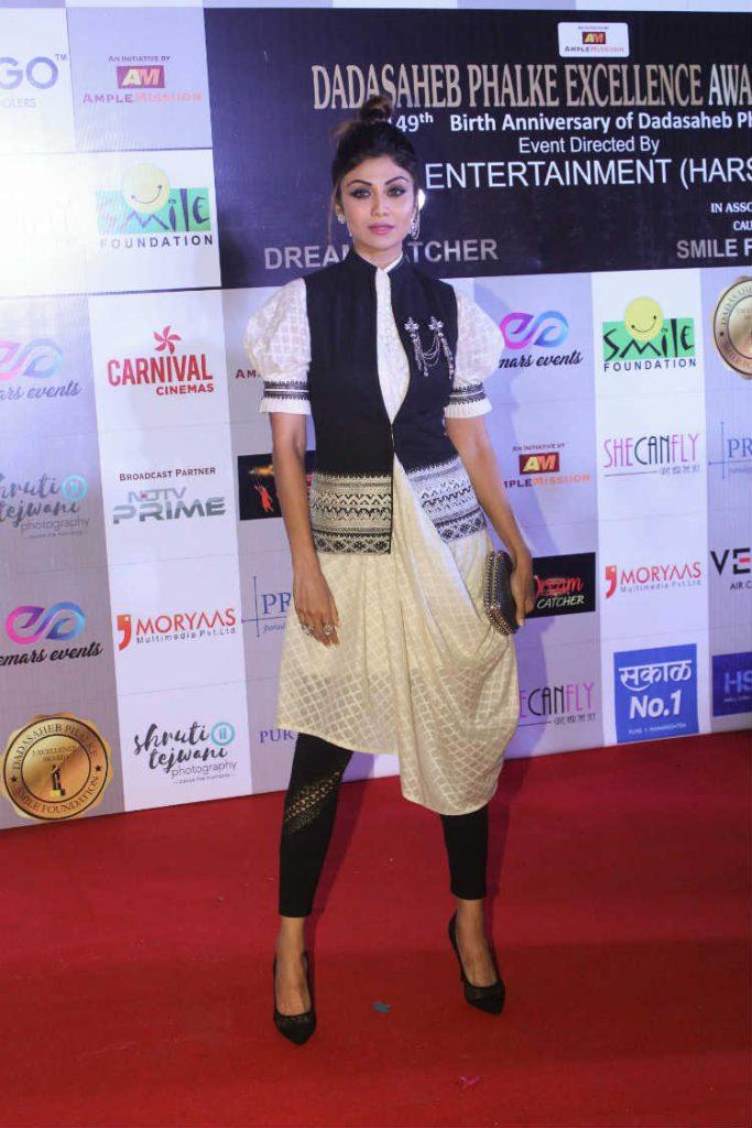 Shilpa Shetty at Dada Saheb Phalke Excellence Awards 2018