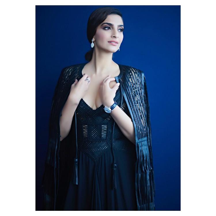Sonam Kapoor's Dubai Fashion Diaries Will Make Every ...