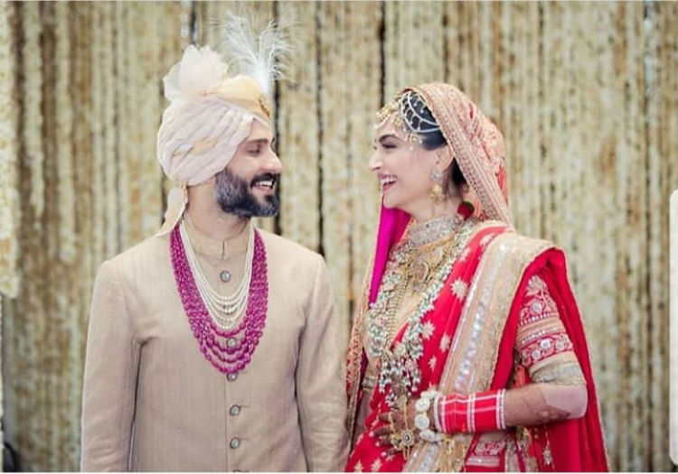 Sonam Kapoor Anand Ahuja at their wedding