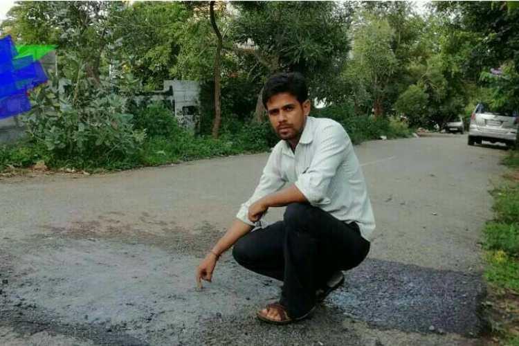 Bengaluru Man's Pothole Fixing Challenge Is Encouraging People To Repair RoadsThemselves