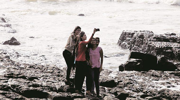 Another Selfie Death! Why India Needs To Wake Up To Its Obsession WithSelfies