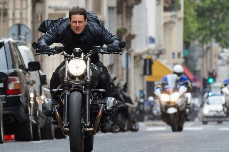 Mission Impossible Fallout, Mission Impossible 6, Mission Impossible 6 review, Mission Impossible 6 movie review, Tom Cruise, Tom Cruise movies, Henry Cavill movies, Henry Cavill Mission Impossible