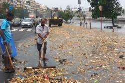 Sea Throws Back 9 Metric Tonnes Of Garbage On Mumbai's Marine Drive