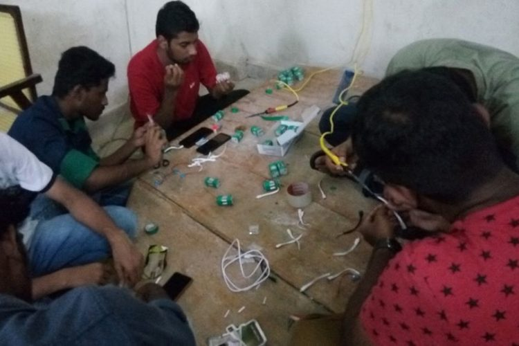 Power Banks Out Of AA Batteries, How Kerala Students Are Helping Stranded FloodVictims