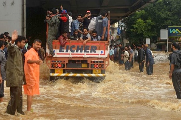 Kerala Needs Your Help. Here's How You Can Do Your Bit