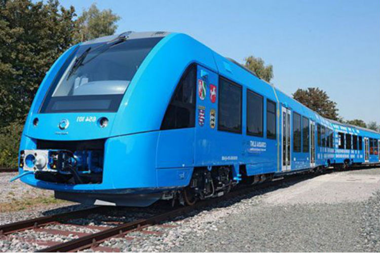 World's First Hydrogen-Powered Train Rolls Out In Germany & India Should Take Note