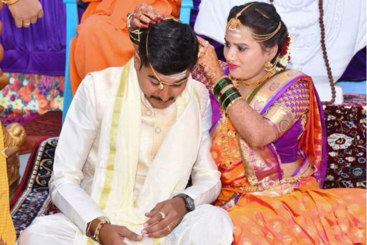 At This Wedding, Brides Smash Patriarchy By Tying The Mangalsutra