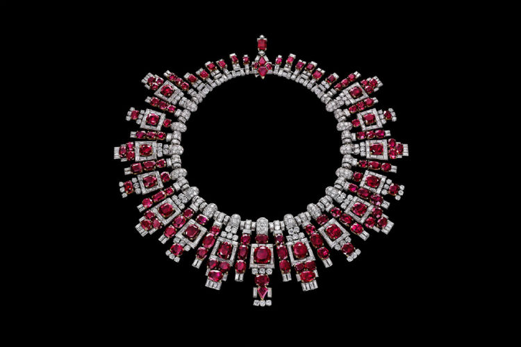 400 Indian Jewels Were Sold In One Of The Biggest Auctions In History