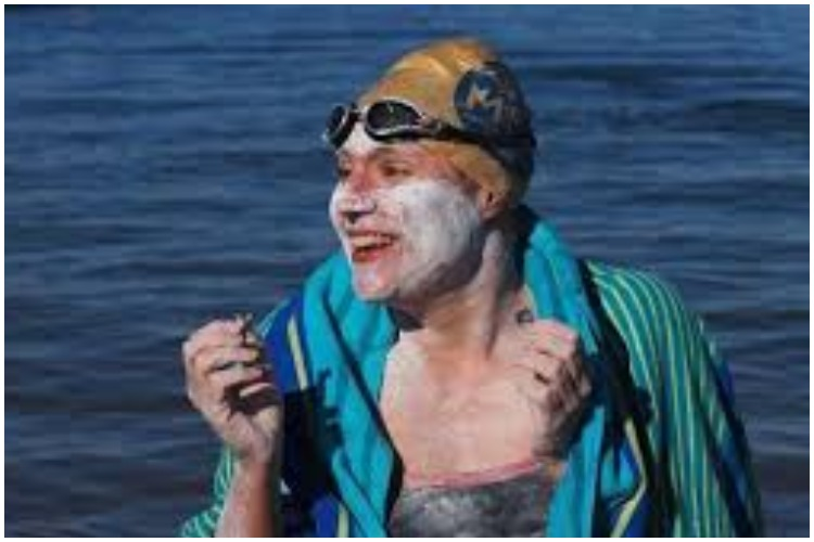 This Cancer Survivor Created A World Record In Swimming