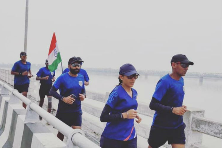 IAF Officers Ran 4,500 KM Across India To Promote Pedestrian Safety